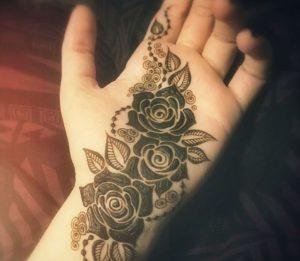 mehndi designs for bride's bestfriend 2