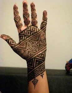 mehndi designs for bride's bestfriend 3